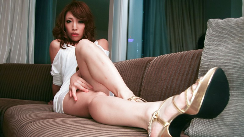 Gorgeous Long Legs Of Hot Japanese MILF Aya Sakuraba