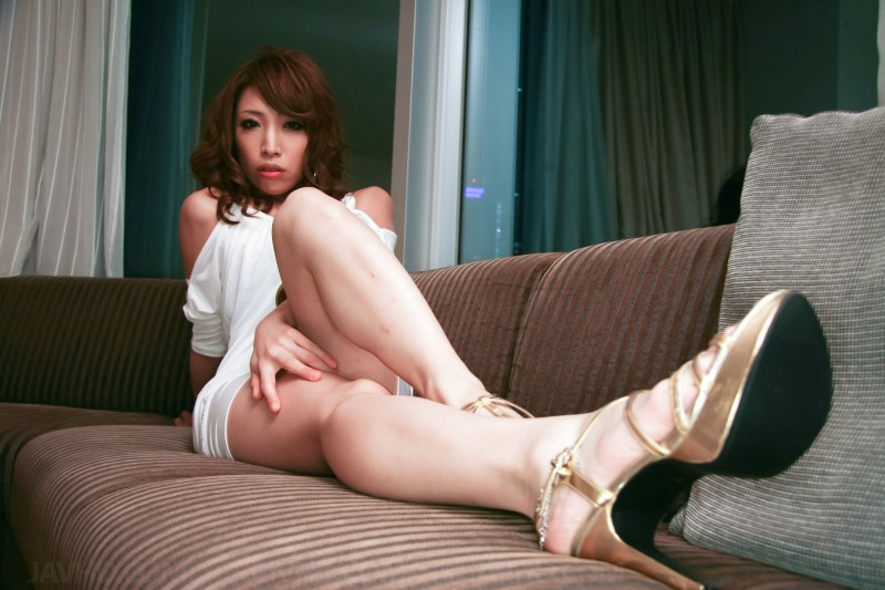 gorgeous long legs of sexy milf Aya Sakuraba