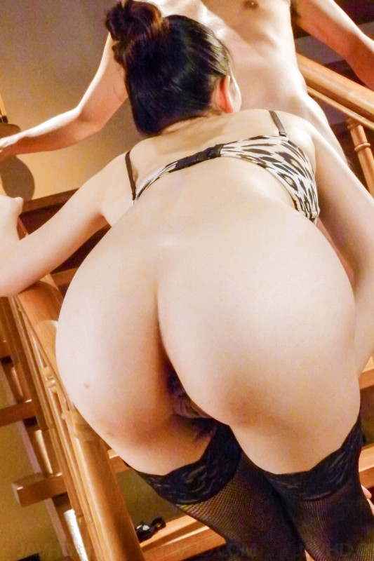 milf Kei Akanishi ass from behind